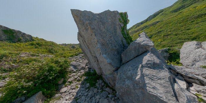 Cracked Boulder virtual tour