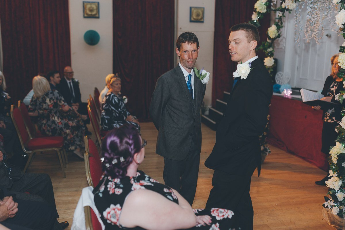 wedding photography from the groundlings theatre in hampshire