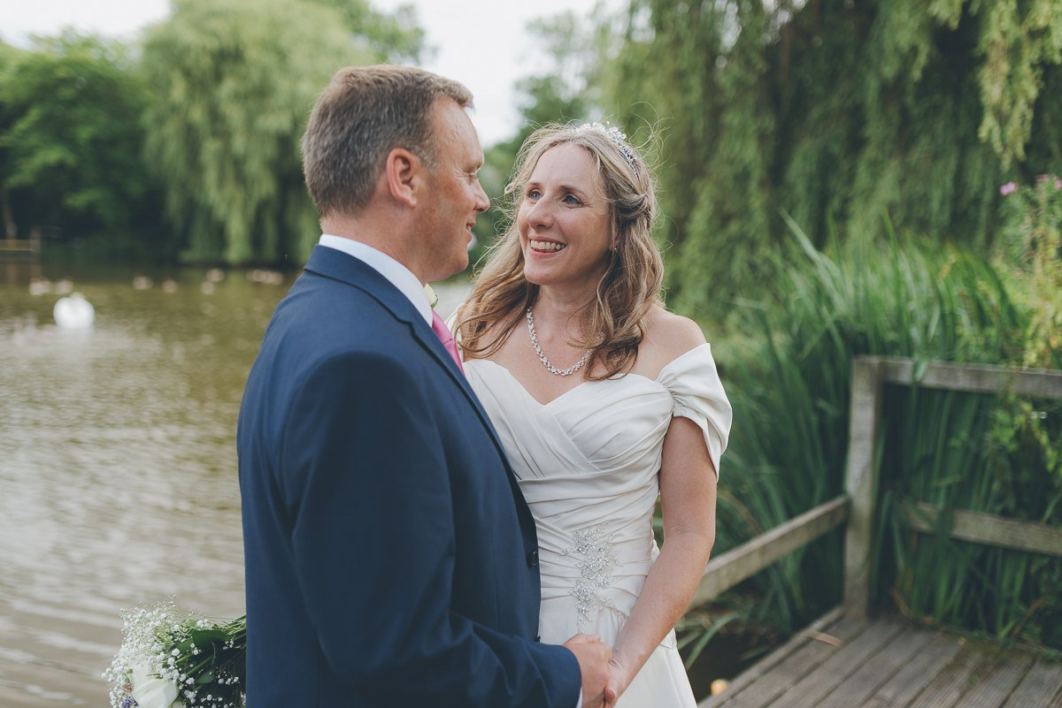 wedding photography from the waters edge in uxbridge