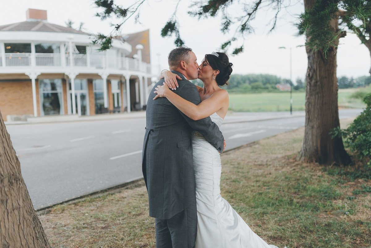 wedding photography from langstone quays resort on hayling island