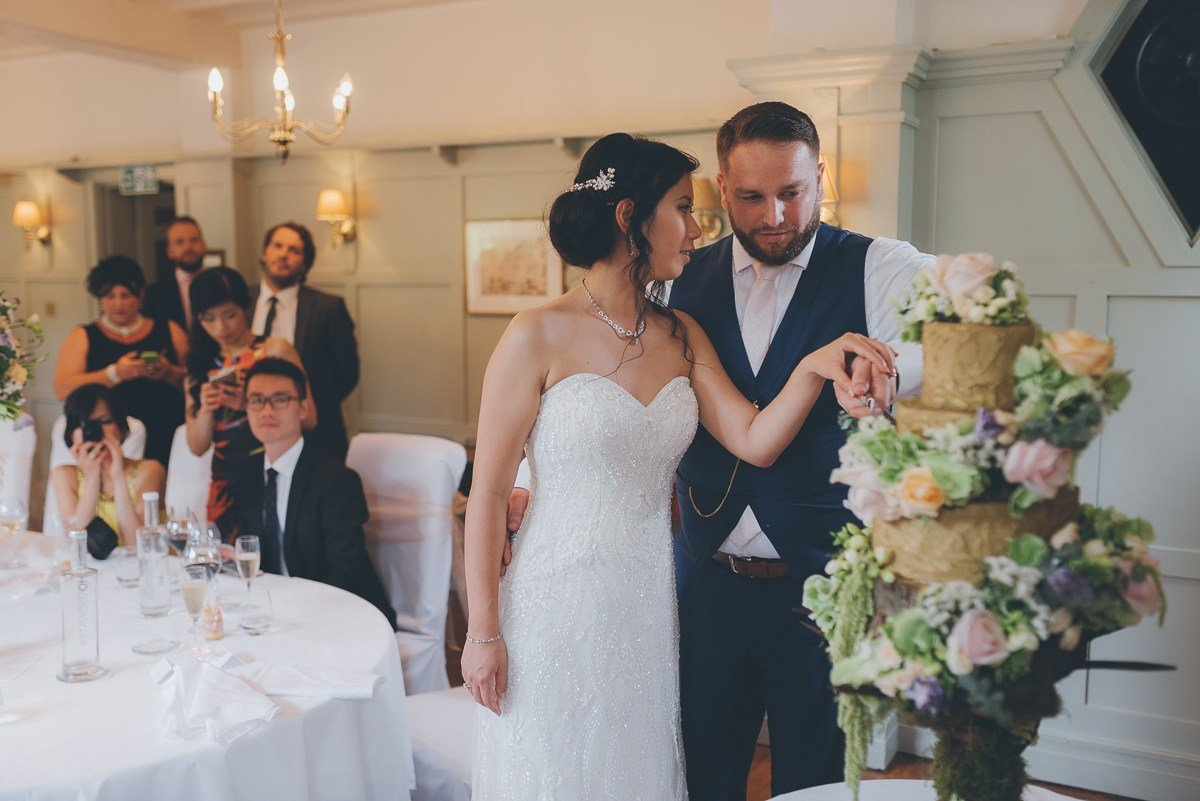wedding photography from the montagu arms hotel in beaulieu